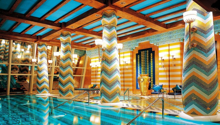 Royal indoor pool hdr wallpaper