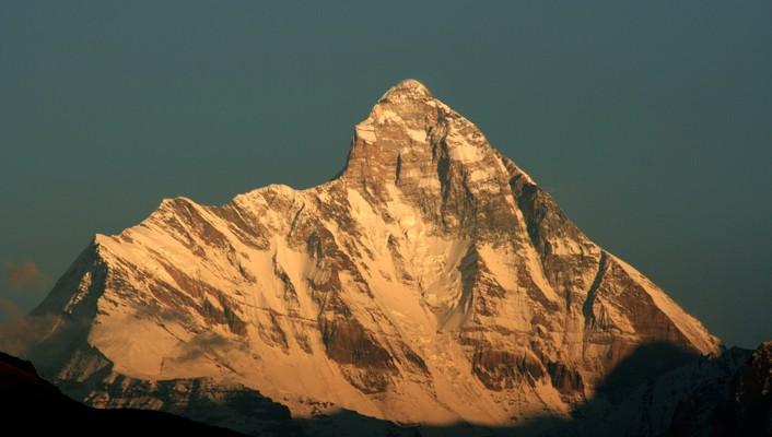 Himalaya mountains nanda devi wallpaper