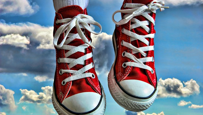 Clouds shoes converse hdr photography trainers wallpaper