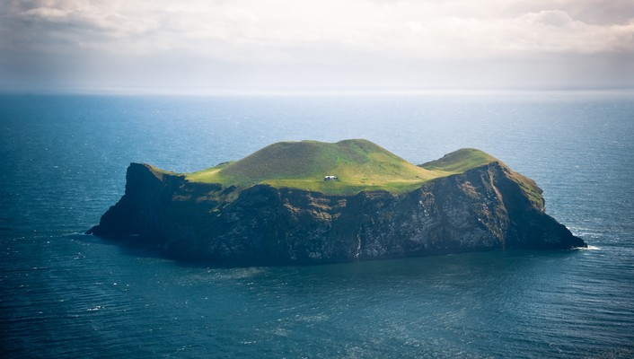 Iceland vestmannaeyjar houses islands ocean wallpaper