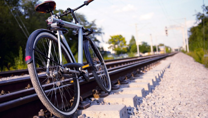 Bicycles trainway wallpaper