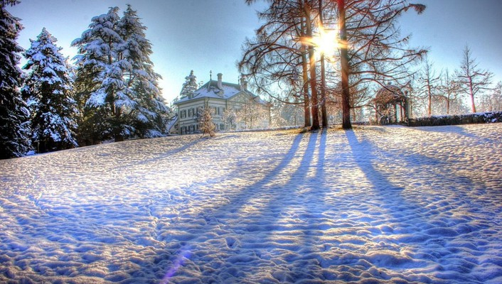 Country house on a sunny winter day hdr wallpaper