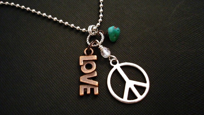 Love peace hippie necklaces sign wallpaper