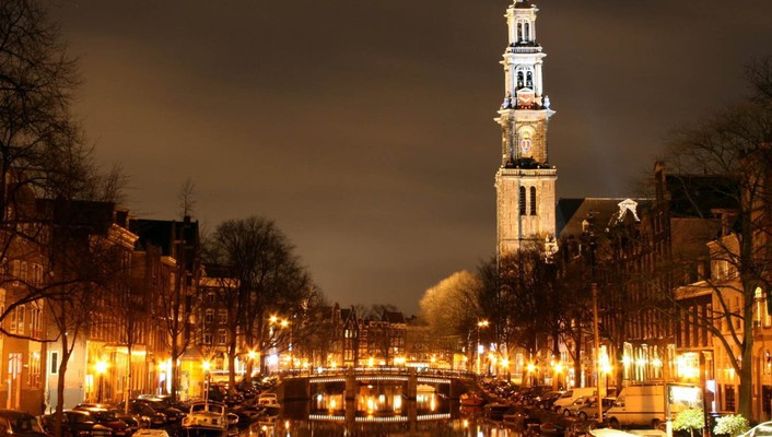 Cityscapes holland wallpaper
