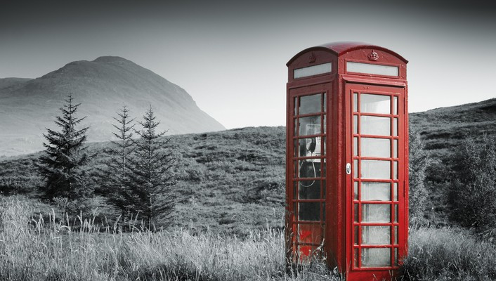 Phonebox in the middle of no where wallpaper