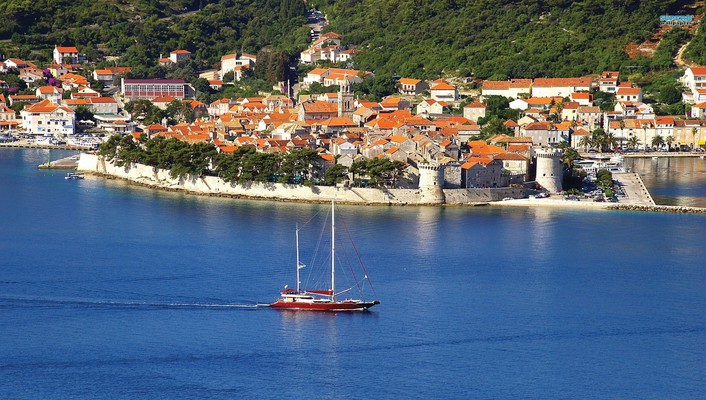 Walled seaside town of korcula croatia wallpaper
