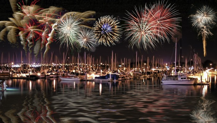 Fireworks ships digital art july wallpaper