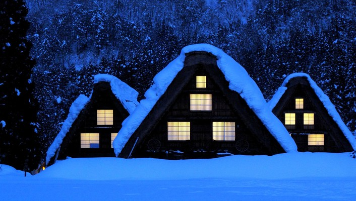 Winter cottages wallpaper