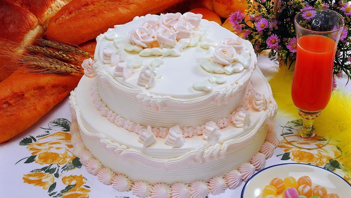 Ymmy fresh cream cake wallpaper
