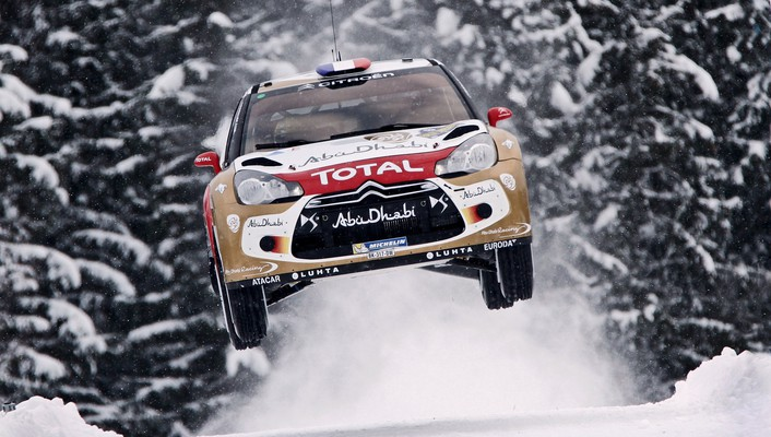 Loeb world championship car jump citroën ds3 wallpaper