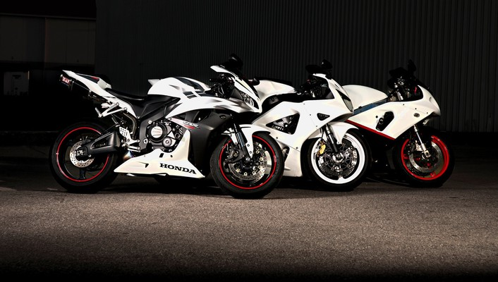 Choose your weapon and let race wallpaper