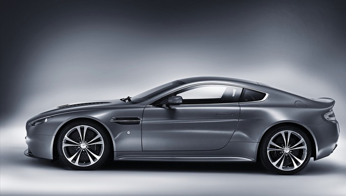 Cars vehicles aston martin v12 vantage wallpaper