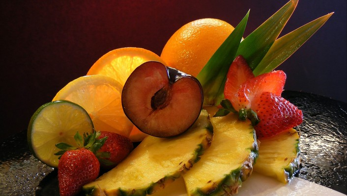 Still life fruit wallpaper