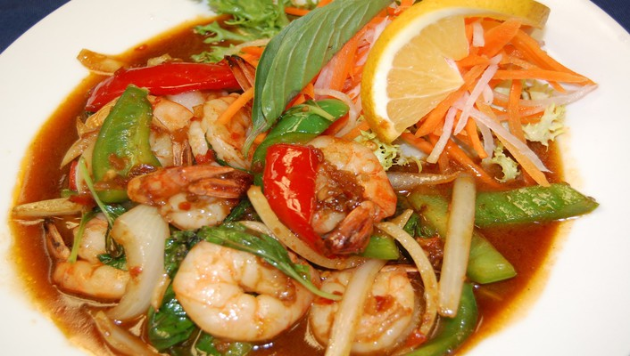 Thai spicy basil with shrimp wallpaper