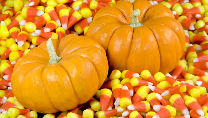 Candy corn pumpkins wallpaper