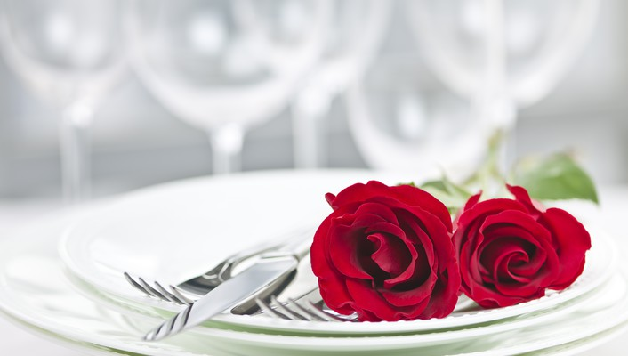 Romantic dinner setting wallpaper