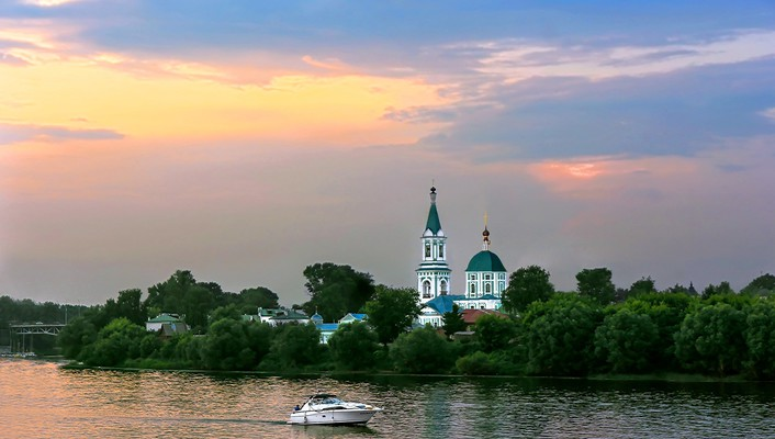 Evening on the volga river wallpaper
