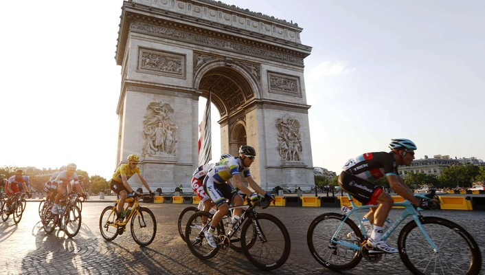 Triomphe christopher froome paris tour france cycling wallpaper