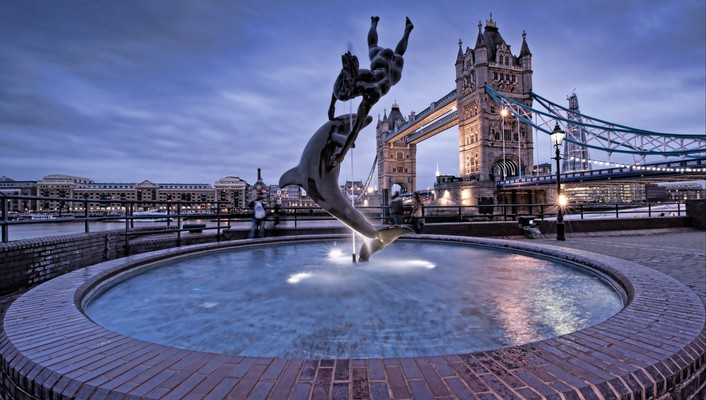 London bridges statues fountain wallpaper