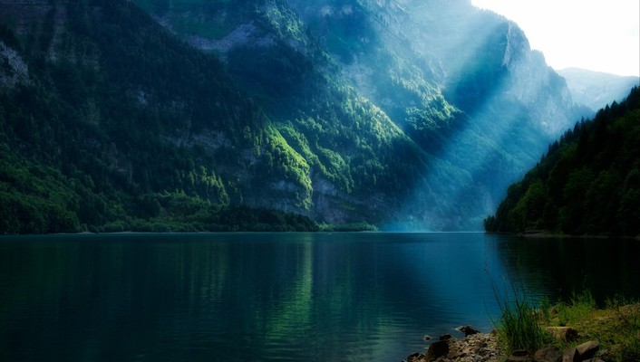 Lakes landscapes mountains sunlight sunray wallpaper