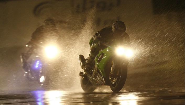 Dark motorcycles night rain wallpaper