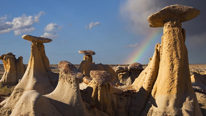 New mexico badlands rock formations wallpaper