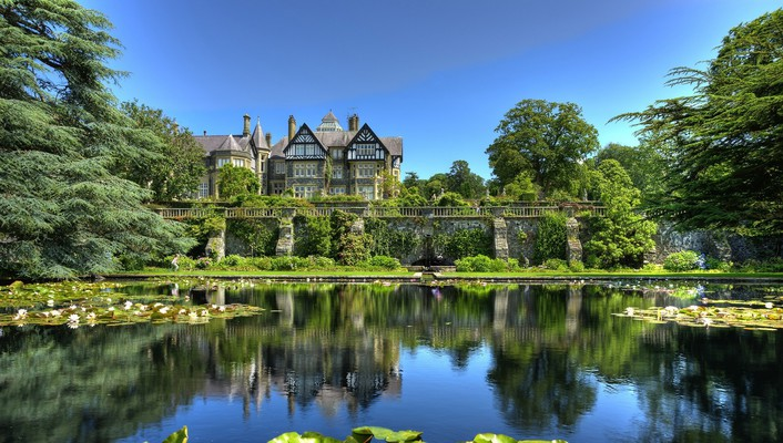 Bodnant estate and gardens in conway wales wallpaper